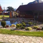 zahradne jazierko pri altanku